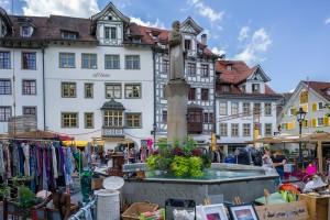 031-Quartierverein Gallusplatz-St. Gallen-Flohmarkt-Gallusbrunnen