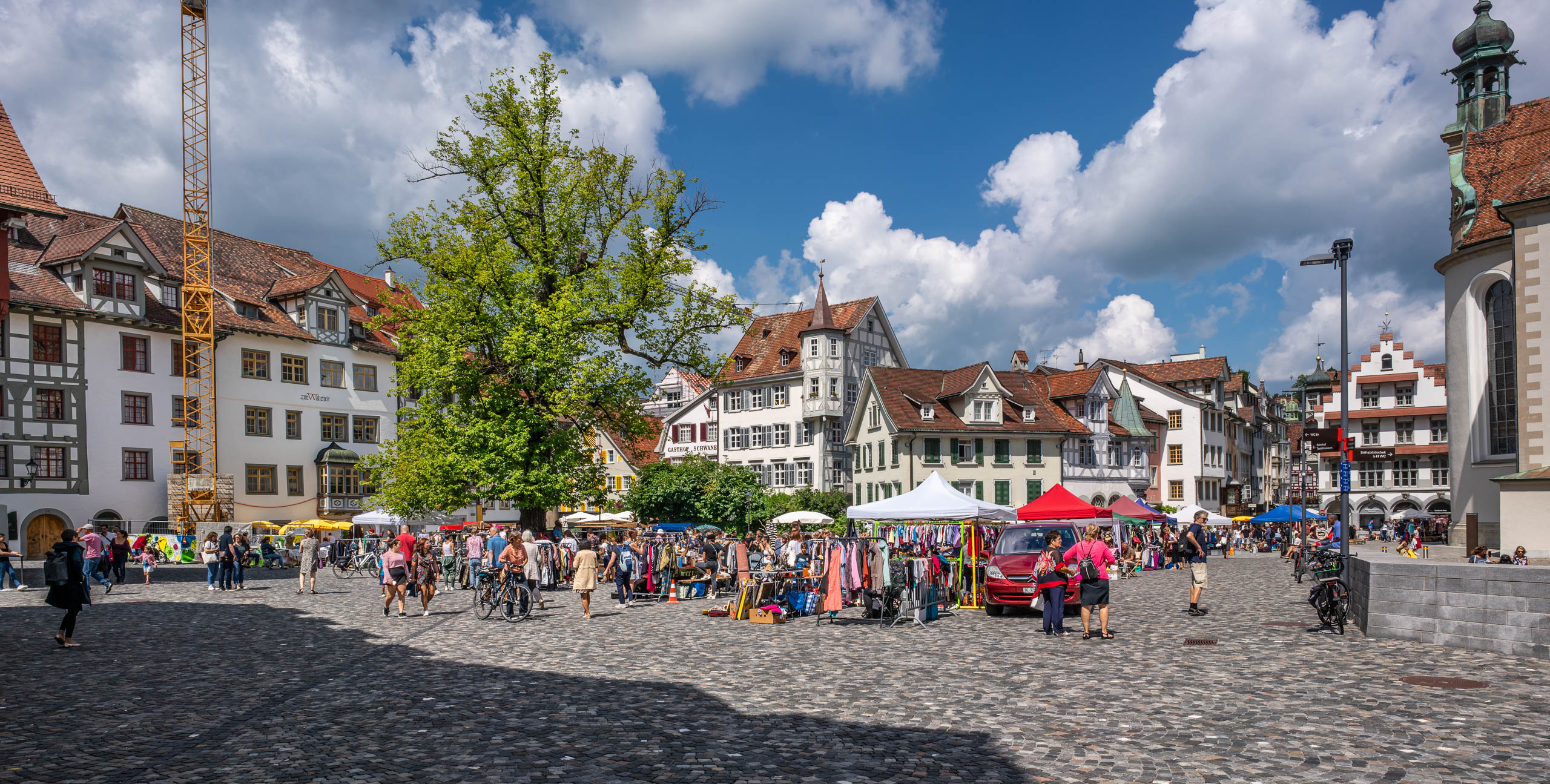 Gallusplatz-St-Gallen-Flohmarkt-August-2019